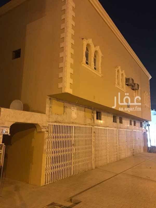 عمارة للإيجار في شارع خديجة بنت خويلد ، حي طويق ، الرياض
