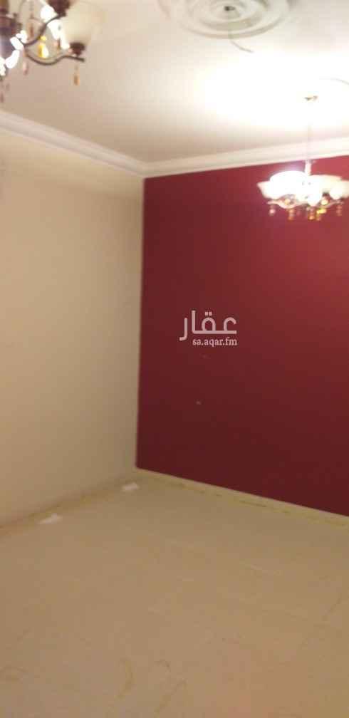 شقة للإيجار في شارع محمد بن ايوب ، حي الحمراء ، الرياض