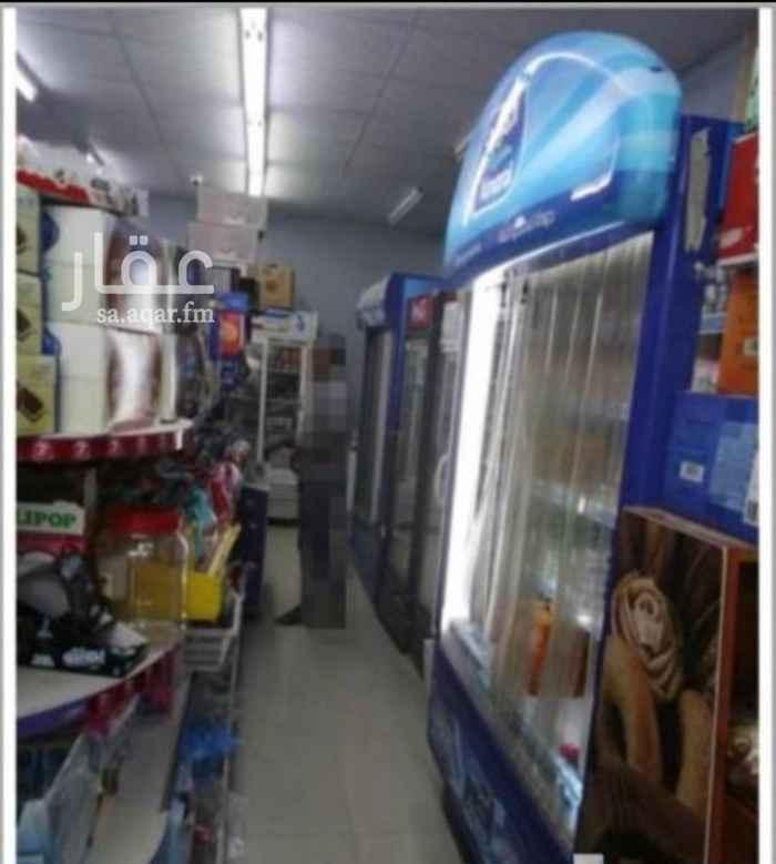 محل للبيع في شارع معاوية بن ابي سفيان ، حي ظهرة البديعة ، الرياض