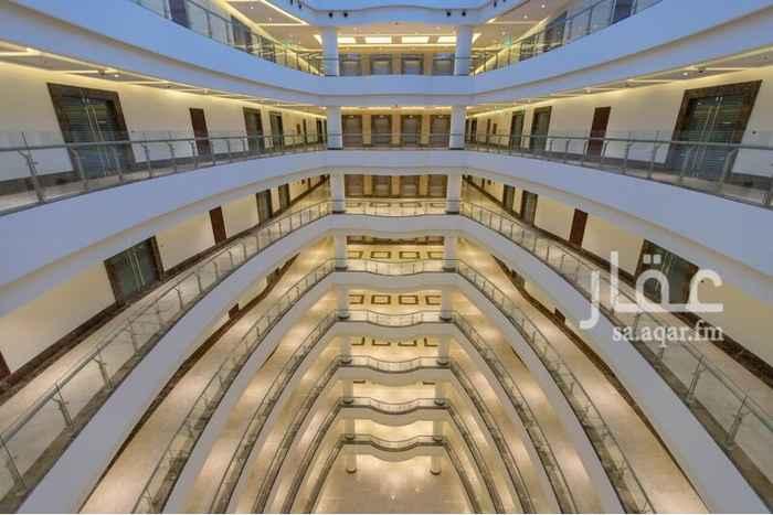 مكتب تجاري للإيجار في طريق الملك عبدالعزيز فرعي ، حي الشاطئ ، جدة