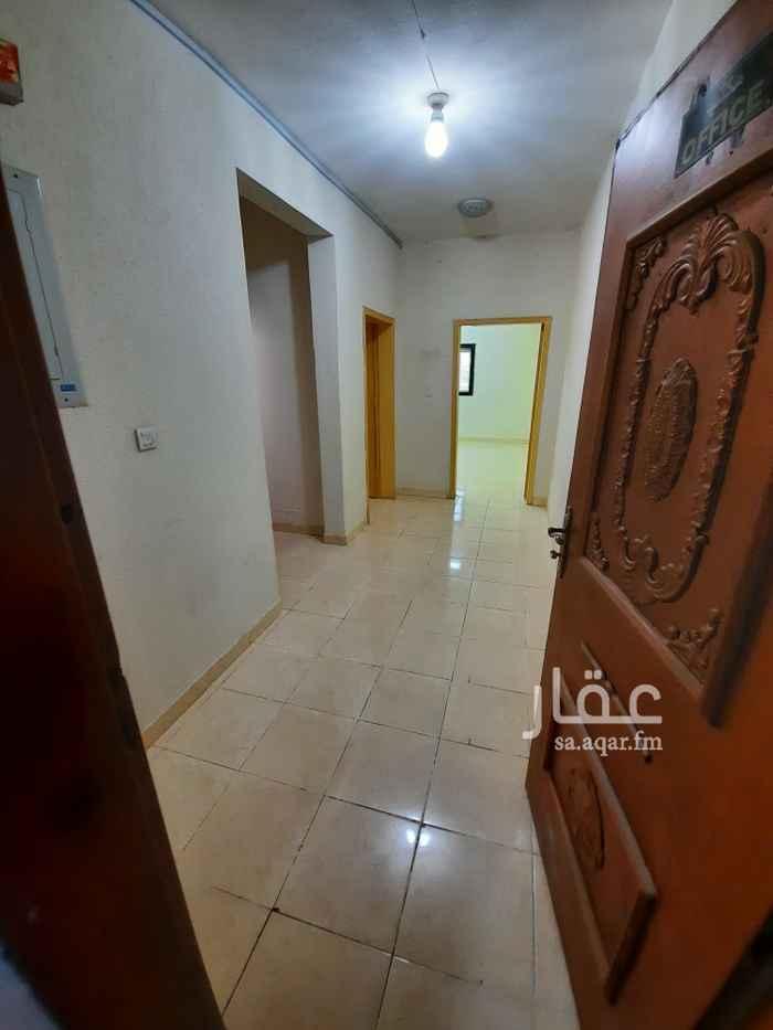 مكتب تجاري للإيجار في طريق الشيخ حسن بن حسين بن علي ، حي قرطبة ، الرياض ، الرياض
