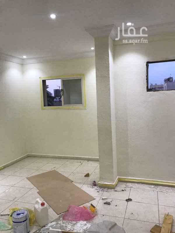 شقة للإيجار في شارع المكرونة ، حي العزيزية ، جدة