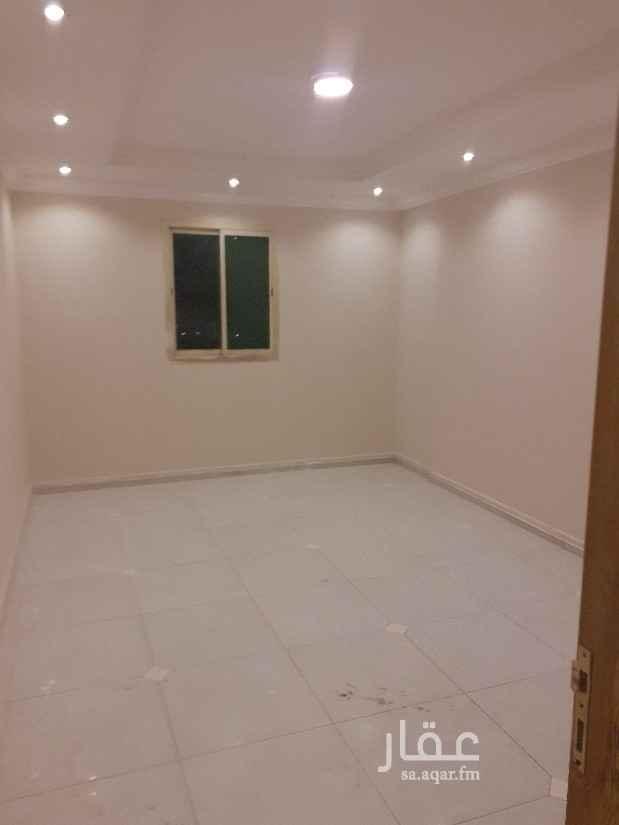 شقة للإيجار في شارع ابي الكرم ، حي الضباط ، الرياض ، الرياض