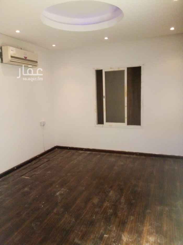 شقة للإيجار في شارع الفرزدق ، حي الضباط ، الرياض ، الرياض
