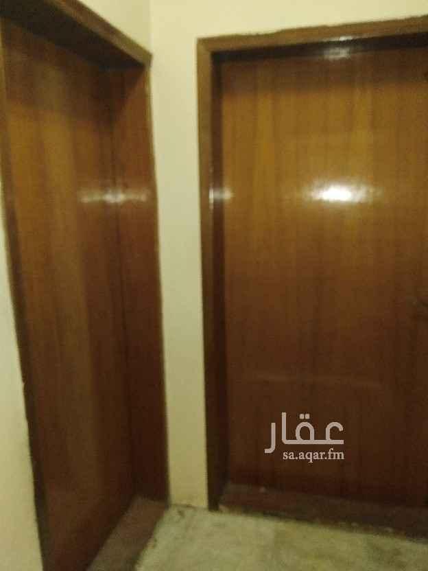 شقة للإيجار في شارع ضبا ، حي الثقبة ، الخبر ، الخبر