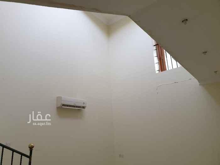 فيلا للبيع في شارع حمد السليمان ، حي الملك فهد ، الرياض