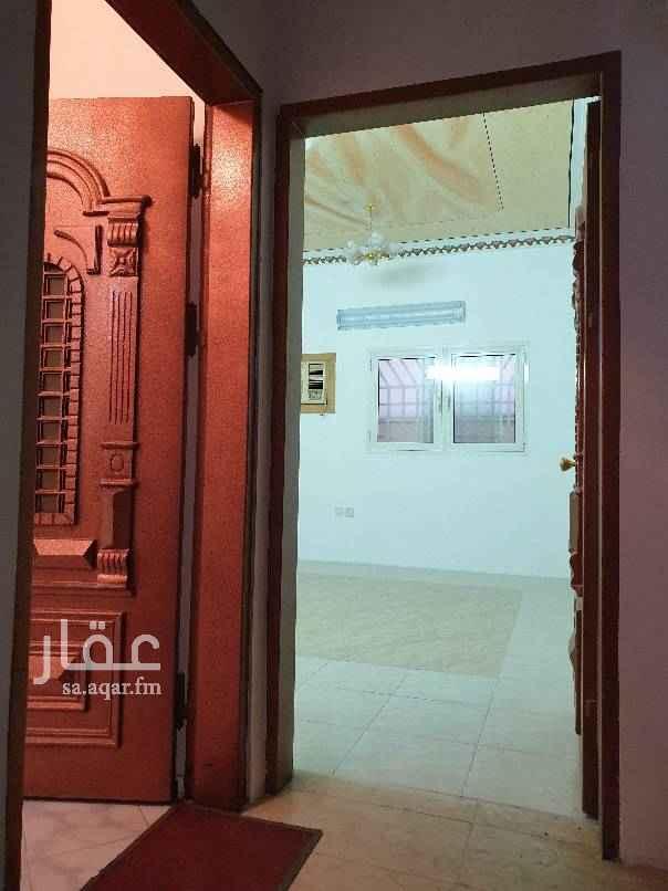 شقة للإيجار في شارع العلمين ، حي الشهداء ، الرياض