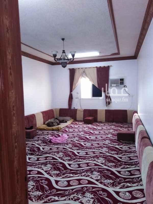 شقة للبيع في شارع شبه الجزيرة ، حي السعادة ، الرياض