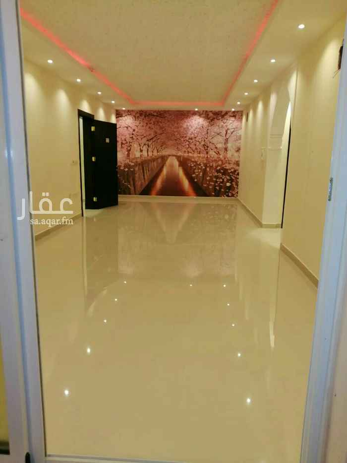 شقة للبيع في شارع ابي تمام ، حي الشفا ، الرياض