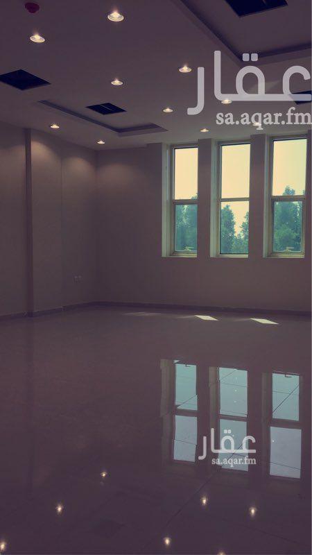 مكتب تجاري للإيجار في طريق علي بن أبي طالب ، حي الملز ، الرياض ، الرياض