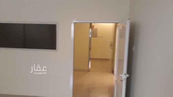 مكتب تجاري للإيجار في شارع الشيخ حسن بن حسين بن علي ، حي اشبيلية ، الرياض ، الرياض