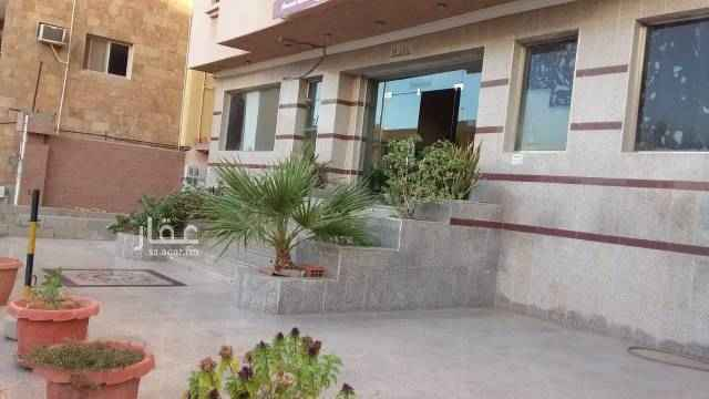 شقة للإيجار في شارع العباس بن عبدالمطلب ، حي الشرفية ، جدة