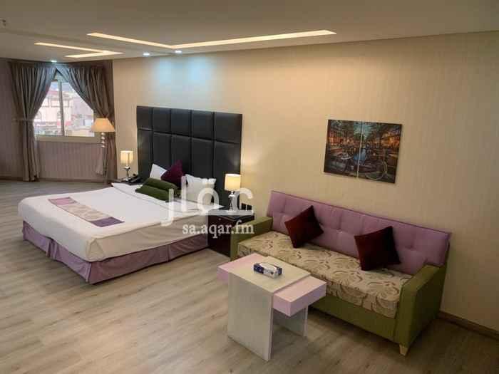 غرفة للإيجار في شارع الحكم بن متعب ، حي الدفاع ، المدينة المنورة
