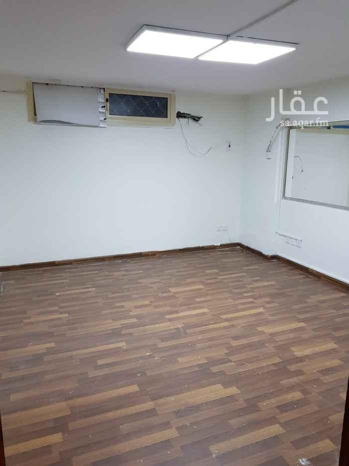 مكتب تجاري للإيجار في شارع الاقتصاد ، حي الحمراء ، جدة ، جدة