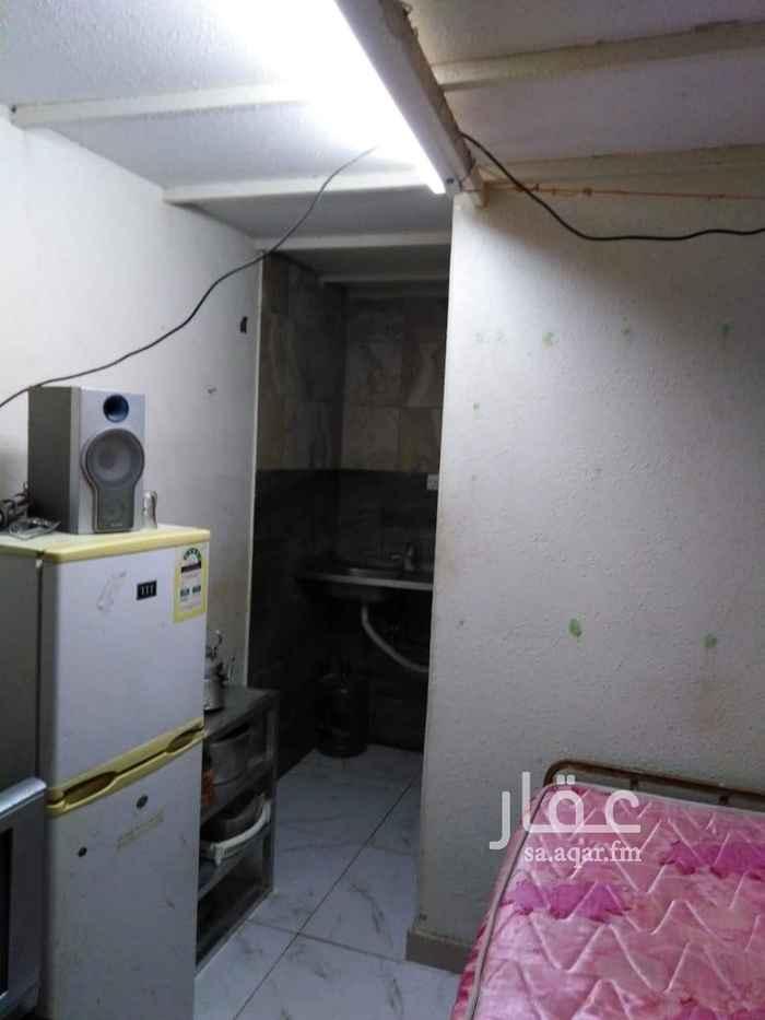 غرفة للإيجار في شارع ابو سعيد الصوني ، حي الخزامى ، الخبر