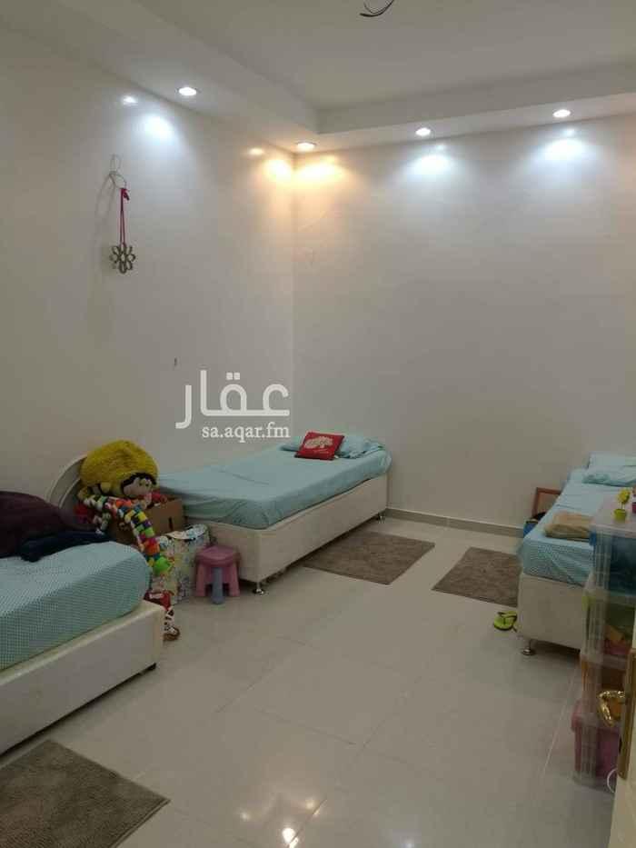 بيت للبيع في حي الشهداء الشمالية ، الطائف