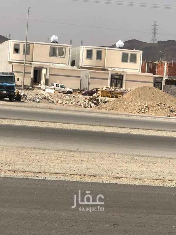 عمارة للبيع في شارع عمرو بن الحارث بن أبي ضرار ، حي قلعة مخيط ، المدينة المنورة ، المدينة المنورة