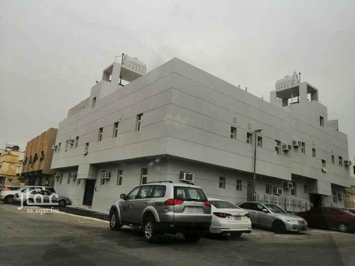 عمارة للبيع في شارع ابن قيم الجوزية ، حي الملز ، الرياض ، الرياض