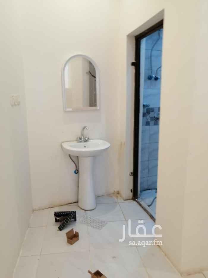 غرفة للإيجار في شارع العريجاء, العريجاء, الرياض