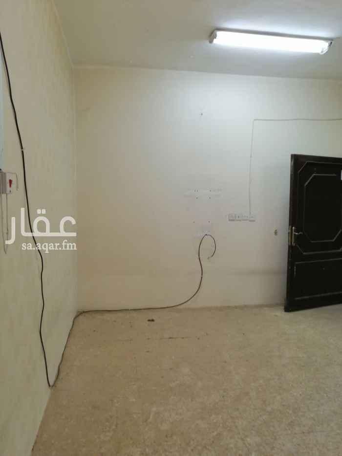 غرفة للإيجار في شارع الأمام ابي حنيفة ، حي العريجاء الوسطى ، الرياض ، الرياض
