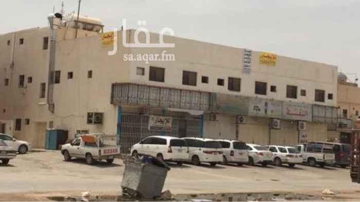 عمارة للإيجار في شارع ابراهيم النخعي ، حي السعادة ، الرياض