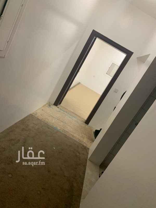 شقة للإيجار في طريق العزيزية ، حي العزيزية ، الرياض ، الرياض