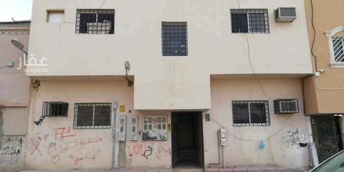 عمارة للبيع في شارع حبيب الانصاري ، حي عتيقة ، الرياض ، الرياض