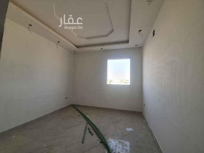 فيلا للبيع في شارع رقم 421 ، حي النرجس ، الرياض