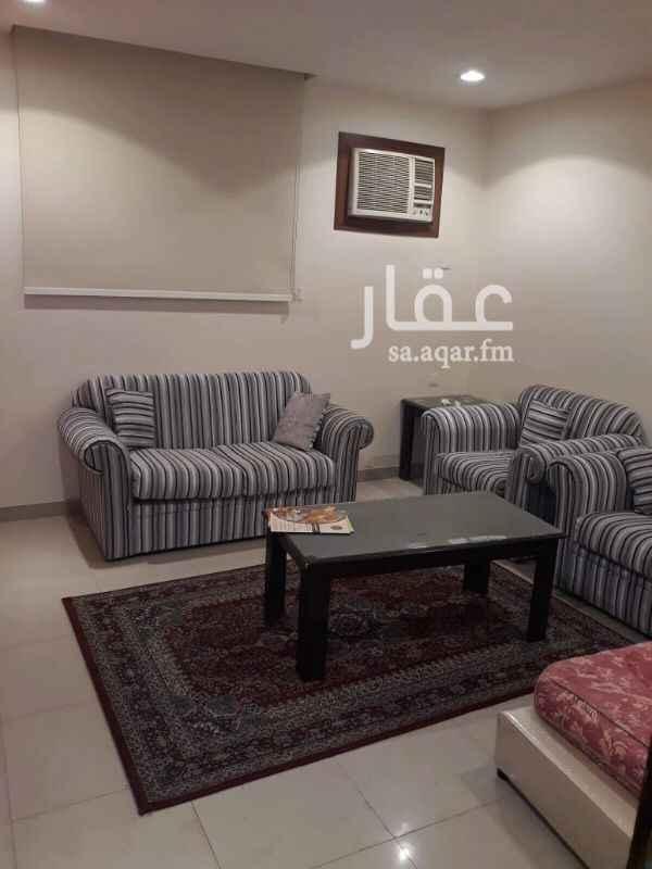 شقة للإيجار في شارع 244 ، الرياض