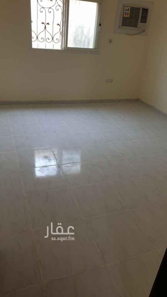 شقة للإيجار في شارع كراتشي ، حي الملك فيصل ، الرياض ، الرياض