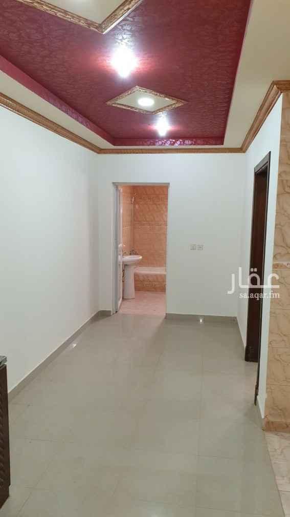 شقة للإيجار في شارع المحاربي ، حي اشبيلية ، الرياض ، الرياض