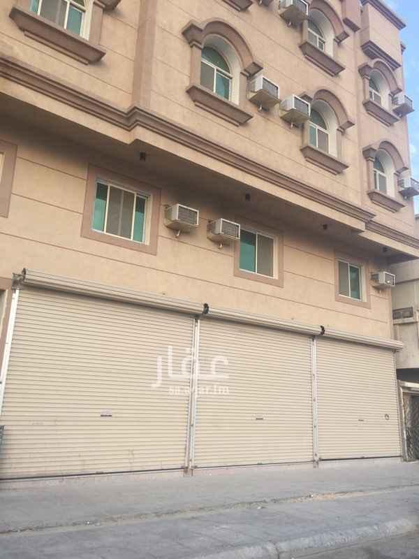 محل للإيجار في طريق الملك خالد الفرعي, الثقبة, الخبر