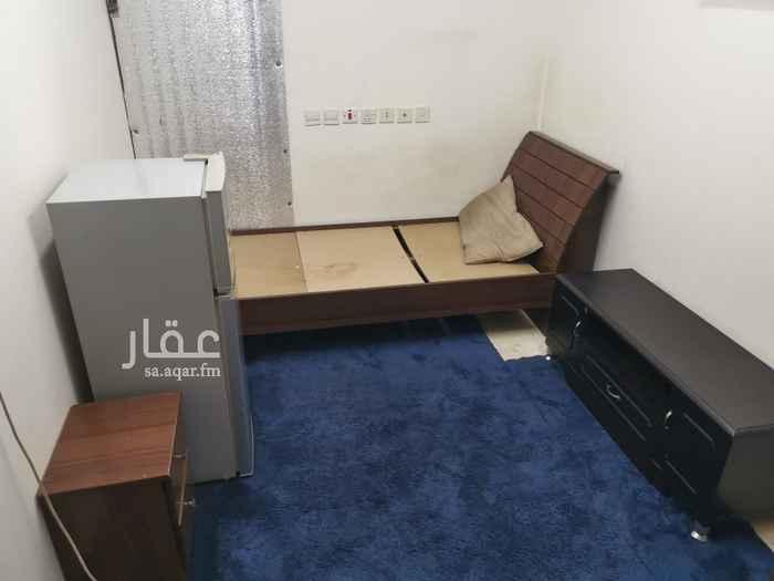 غرفة للإيجار في شارع المجره ، حي الوادي ، الرياض ، الرياض