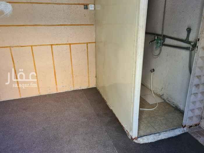 غرفة للإيجار في شارع يزيد بن ركانة ، حي الدفاع ، المدينة المنورة ، المدينة المنورة