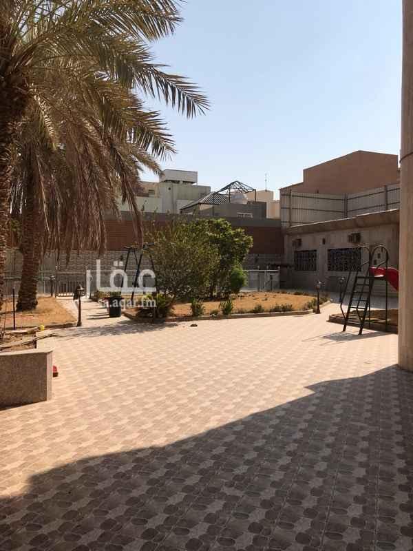 فيلا للبيع في شارع ابي الفضائل الحنفي ، حي الملك فهد ، الرياض