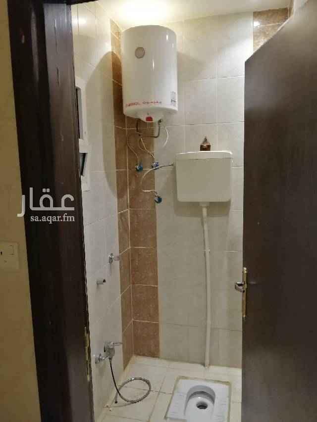فيلا للإيجار في شارع ترمذ ، حي اليرموك ، الرياض