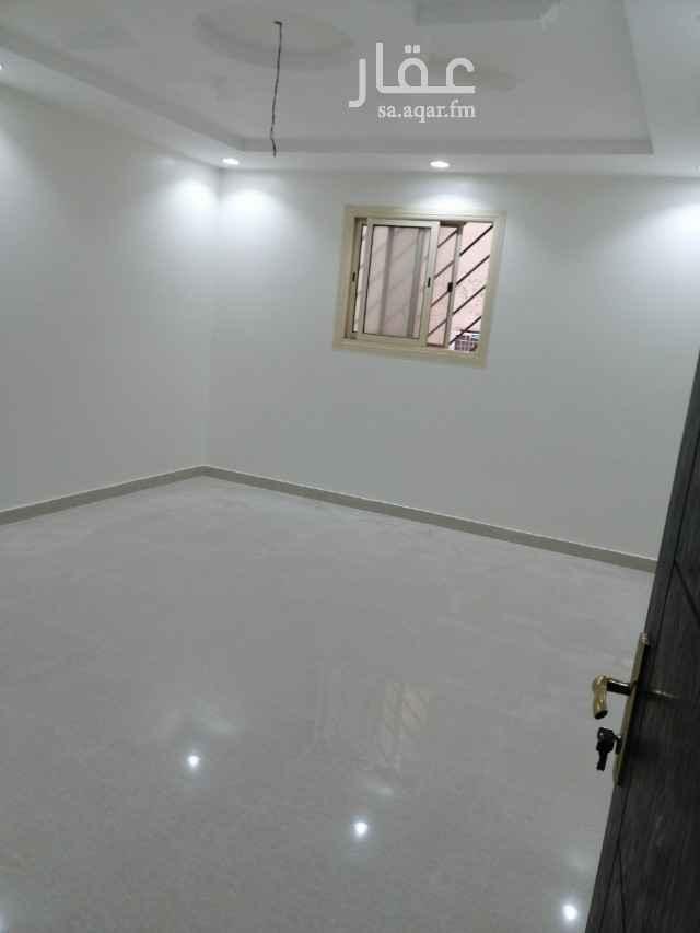 شقة للإيجار في شارع الحصير ، حي اليرموك ، الرياض