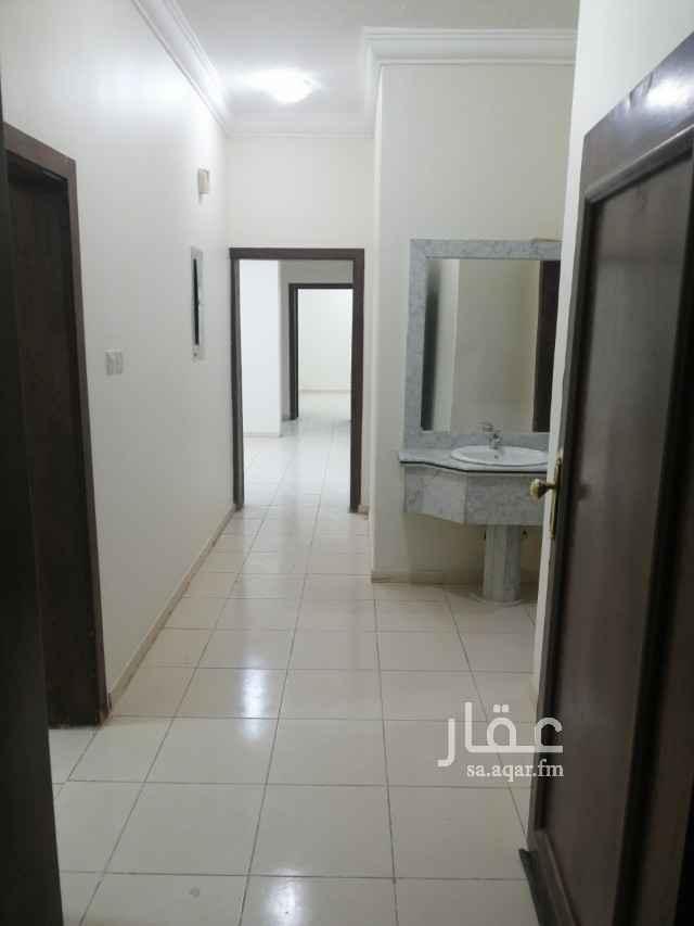 شقة للإيجار في شارع وادي دبلي ، حي غرناطة ، الرياض