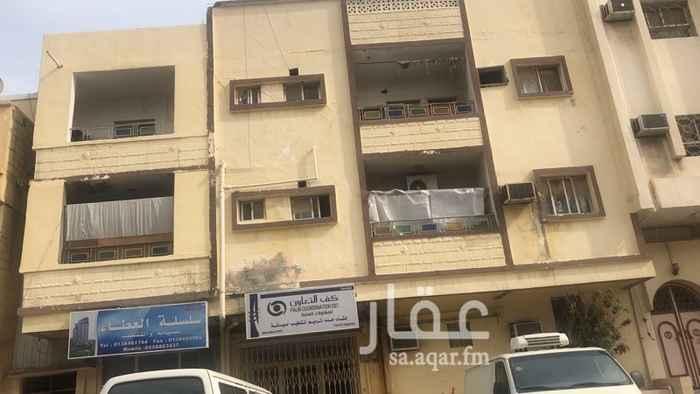 عمارة للبيع في شارع الامير سلطان بن عبد العزيز ، حي البادية ، الدمام