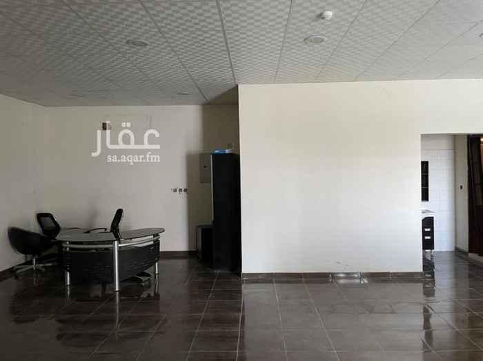 مكتب تجاري للإيجار في طريق عثمان بن عفان الفرعي ، حي النرجس ، الرياض ، الرياض