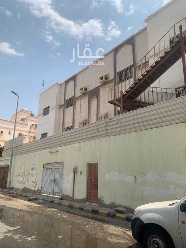 عمارة للإيجار في شارع محمد سعيد ناصيف ، حي النزهة ، جدة ، جدة
