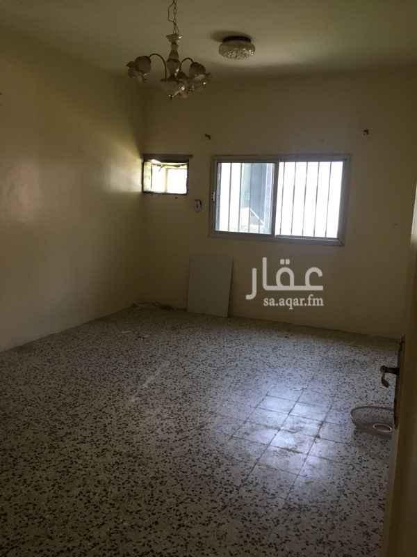 شقة للإيجار في شارع عائشة ام المؤمنيين ، حي السلامة ، الطائف ، الطائف
