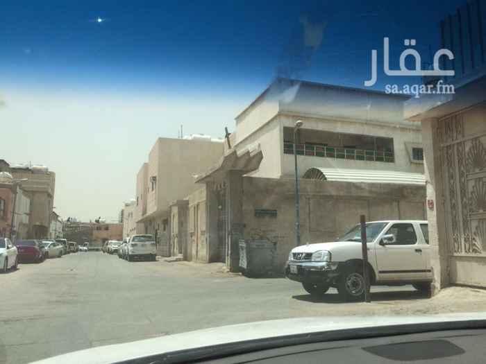 فيلا للبيع في شارع احمد البيدري ، حي عتيقة ، الرياض ، الرياض