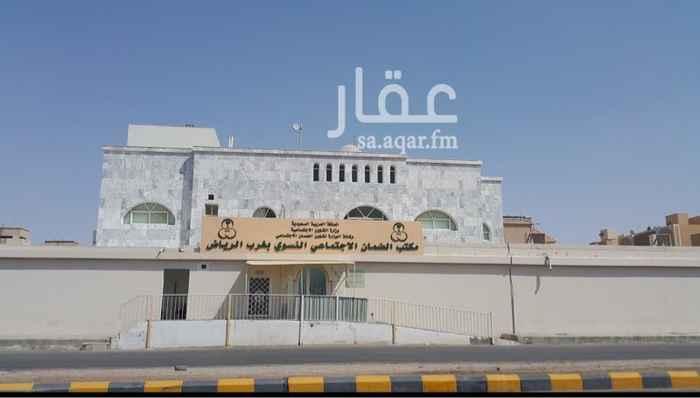 بيت للبيع في شارع كعب بن زهير ، حي السويدي ، الرياض