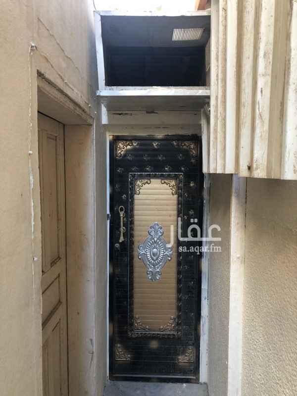 غرفة للإيجار في شارع عبداللطيف بن مالك ، حي الربوة ، جدة