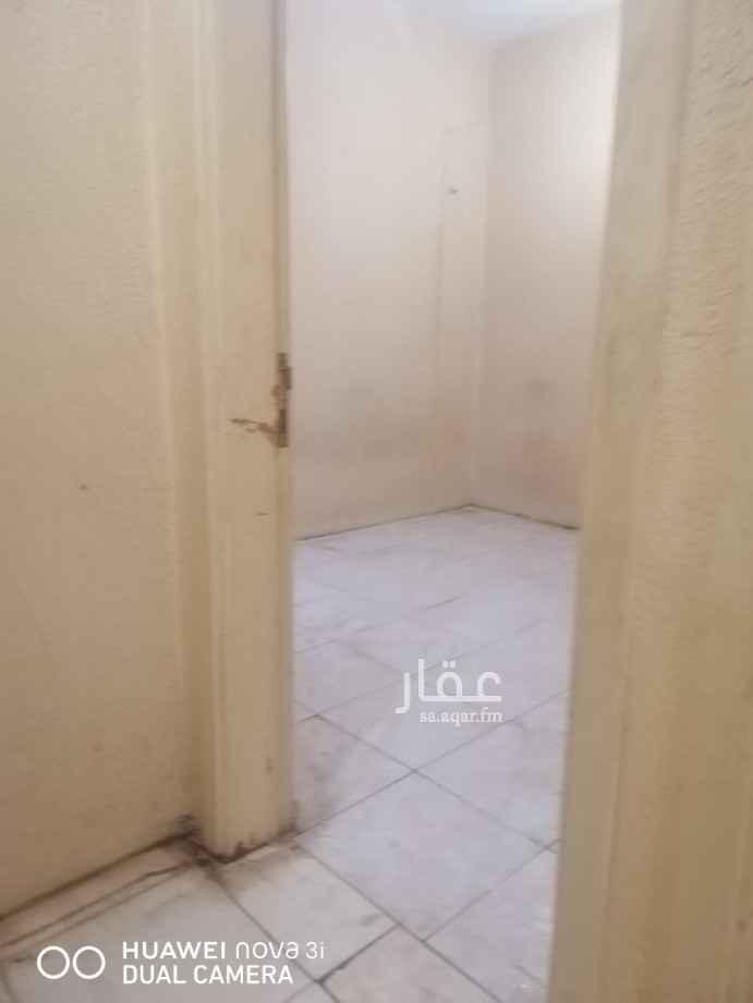شقة للإيجار في شارع ابن قرطبي ، حي الشميسي ، الرياض ، الرياض