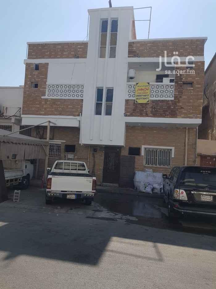 بيت للإيجار في شارع الرياض ، حي الثقبة ، الخبر ، الخبر