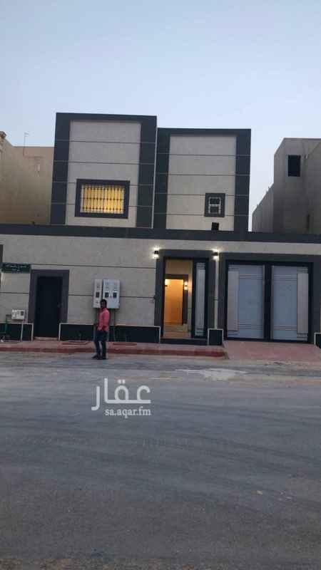 فيلا للبيع في طريق الأمير محمد بن سعد بن عبدالعزيز ، حي الملقا ، الرياض