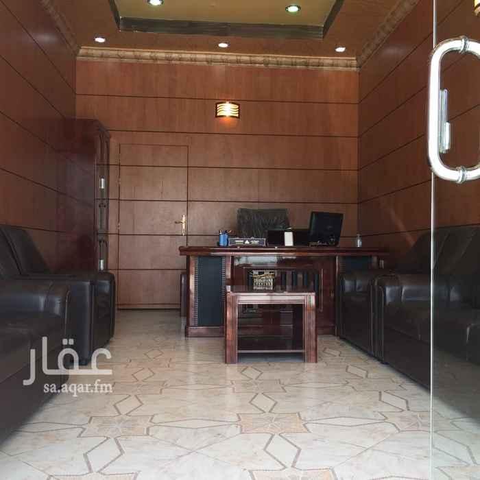 محل للبيع في شارع بديع الزمان الهمذاني, الزهرة, الرياض
