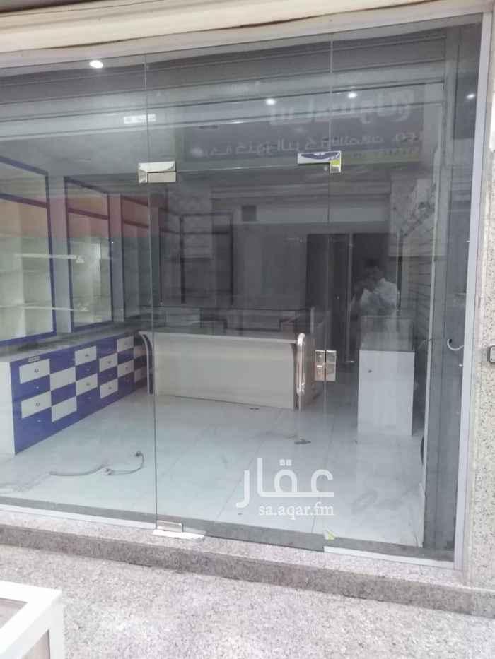 محل للإيجار في شارع جبل الرحمة ، حي مشرفة ، جدة